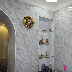 Мраморная плита в коридоре - Листовая панель под мрамор в Алматы от MaxStone