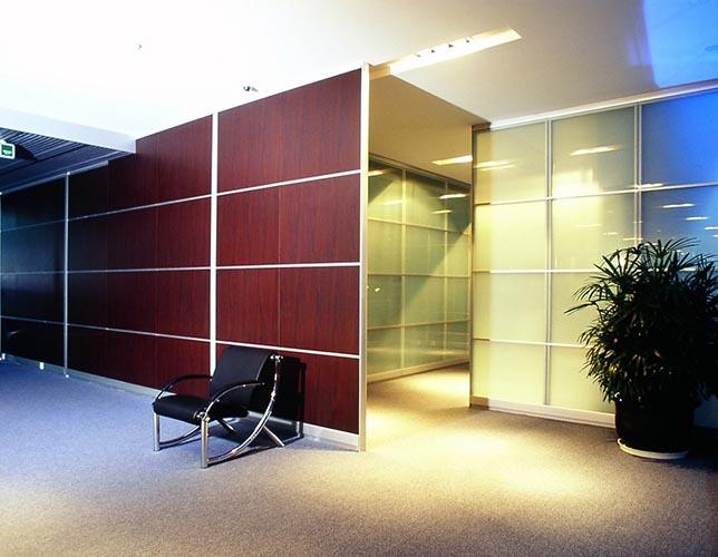 Работы по ламинированным шпонам для мебели и дверей от MAXstone